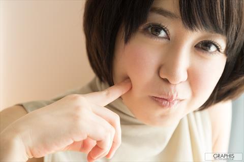篠田ゆう-064