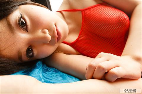 篠田ゆう-113