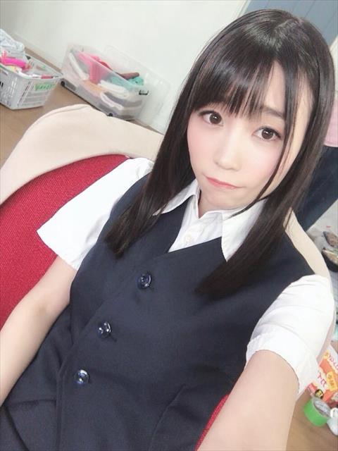 富田優衣-053