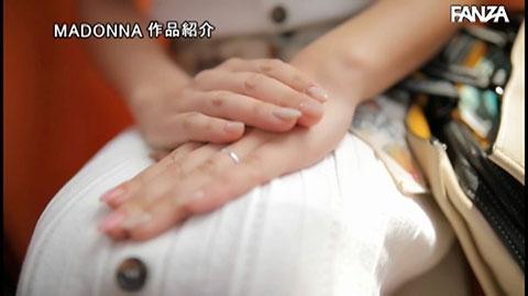 飯山香織-036