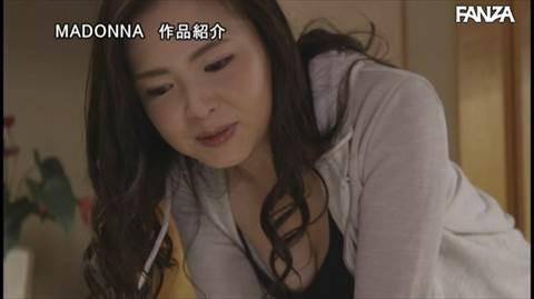 飯山香織-040