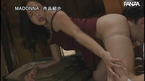 飯山香織-057