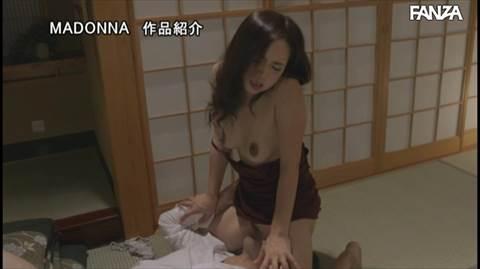 飯山香織-060