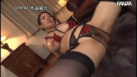 織田真子-099