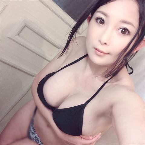 一色桃子-012